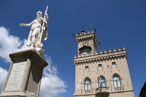 visit government house in san marino